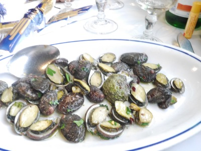 My starter - fried limpets. A very different shape to those on the UK coast. Yummy with all the garlic and a hint of chilli.